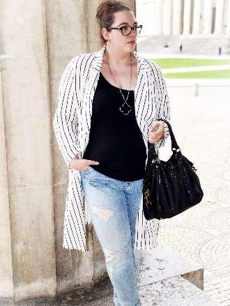 Streifenmantel mit Destroyed Jeans