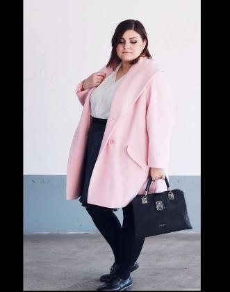 Rosa Mantel Chic Stylen
