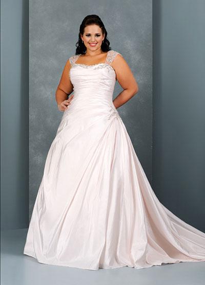 Roséfarbenes Hochzeitskleid für große Größen
