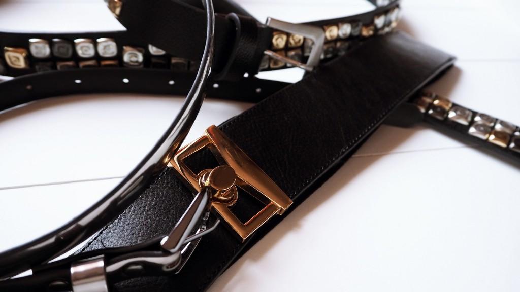 Einen Gürtel als Accessoire sollte man im Kleiderschrank haben.