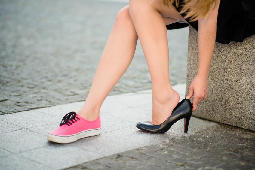Sneaker zum Kleid - so geht's!