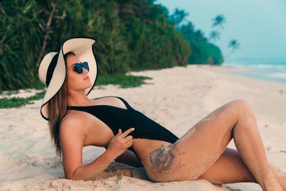 So pflegst du deinen Bikini!
