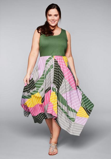 Kleid in Zipfelform mit Mustermix - große Größen!