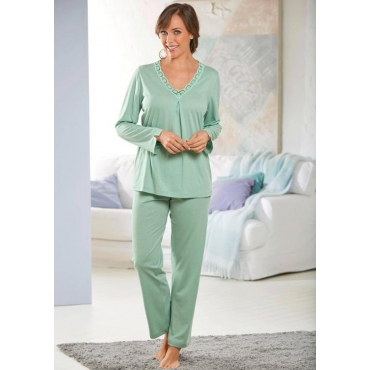 Femininer Pyjama mit V-Ausschnitt und Spitze grün Gr. 44/46 von Ascafa