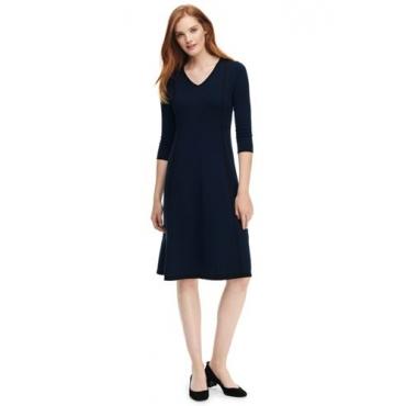 Tailliertes Supima Feinstrick-Kleid