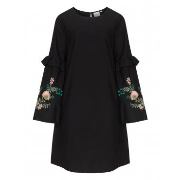 Kleid mit Blumenstickerei am Ärmel