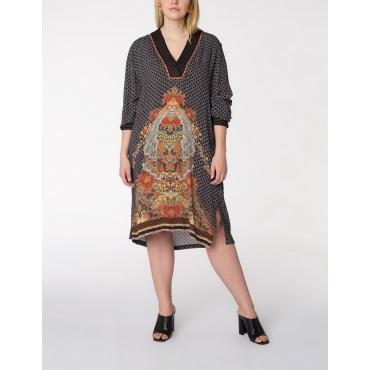 Kleid mit dekorativem V-Ausschnitt