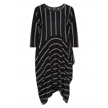 Kleid mit Längs- und Querstreifen