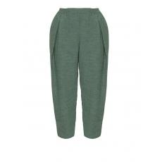 Weite Bundfaltenhose im Knitter-Look