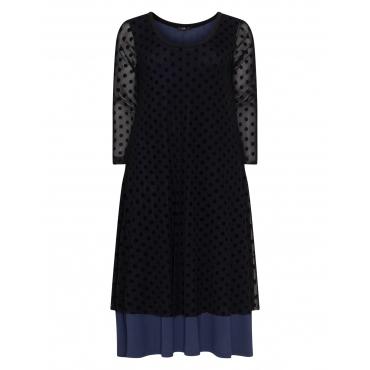 Zweilagiges Kleid mit Punkten