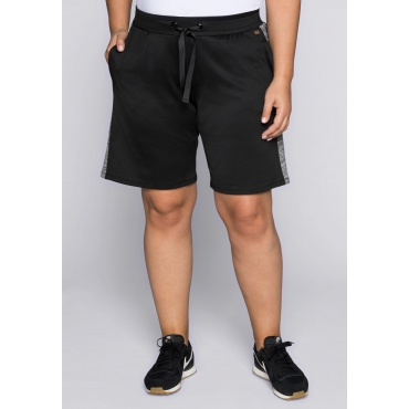 Große Größen: Bermudas aus Funktionsmaterial mit Taschen, schwarz, Gr.44-58