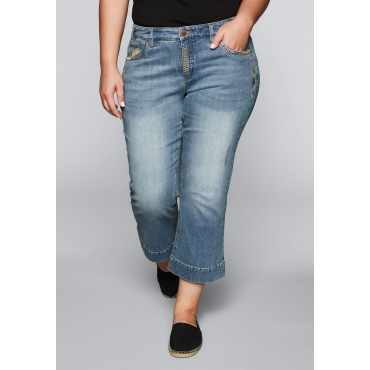 Große Größen: Bootcut-Stretch-Jeans in 7/8-Länge, light blue Denim, Gr.44-58