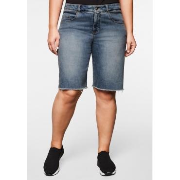 Große Größen: Jeansshorts mit Fransensaum und Used-Effekten, light blue Denim, Gr.44-58