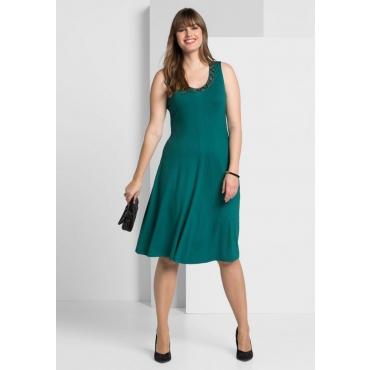 Große Größen: Jerseykleid mit besetztem Rundhalsausschnitt, smaragd, Gr.40-58