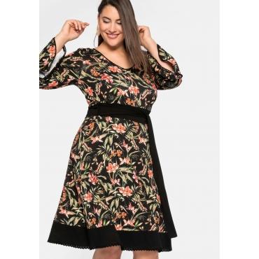 Jerseykleid mit Blumendruck und Trompetenärmeln, schwarz bedruckt, Gr.44-58