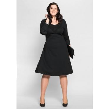 Große Größen: Jerseykleid mit Häkelspitze, schwarz, Gr.40-58