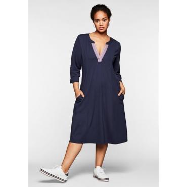 Kleid mit 3/4-Arm und Kontrasttape am Ausschnitt, nachtlila, Gr.44-58