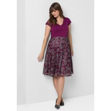 Große Größen: Kleid mit schwingendem Rockteil, beere, Gr.40-58