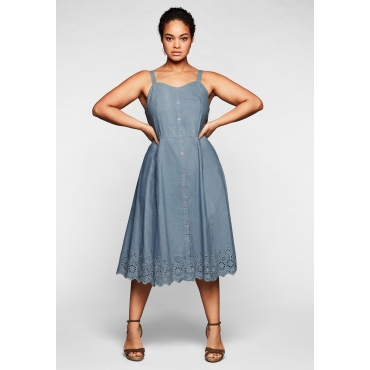 Kleid mit Zierknopfleiste und Lochstickerei, hellblau, Gr.44-58