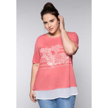 Große Größen: Shirt im Layeringlook mit Frontdruck, korallrot, Gr.44/46-56/58