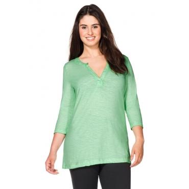 Große Größen: Shirt in Oil-washed-Optik, pudergrün, Gr.40/42-56/58