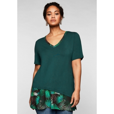T-Shirt im Lagenlook, mit V-Ausschnitt, tiefgrün, Gr.44/46-56/58