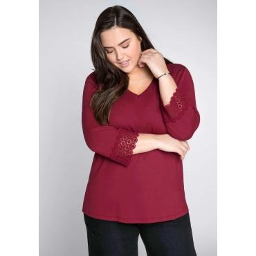 Große Größen: V-Neck-Shirt mit 3/4-Ärmeln und Spitze, bordeaux, Gr.44/46-56/58