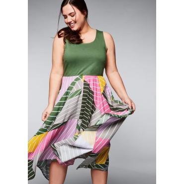 Große Größen: Kleid in Zipfelform mit Mustermix, khaki, Gr.44-58