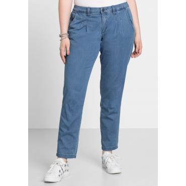 Jeans im Chino-Schnitt mit Bundfalten vorn, light blue Denim, Gr.22-104
