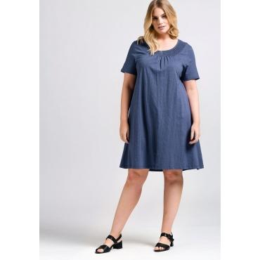 Kleid mit Raffung und Smok-Einsatz am Ausschnitt, rauchblau, Gr.44-58