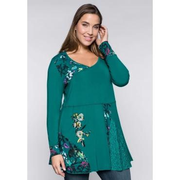 Longshirt in Patchoptik mit Blumenstickerei, smaragd, Gr.44/46-56/58