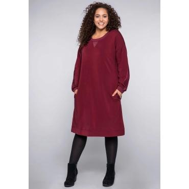 Sweatkleid in Oversizedform mit Einsatz aus Mesh, rubinrot, Gr.44-58